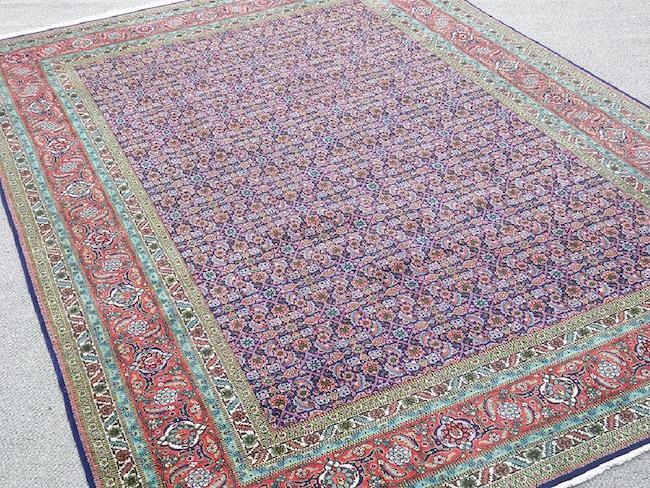 Handwoven Persian Tabriz rug, 11.7 x 10 feet. Estimate: $3,500-$5,000. Jasper52 image